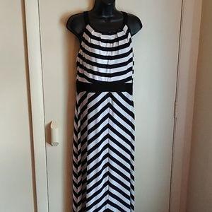 Studio One long dress sz med